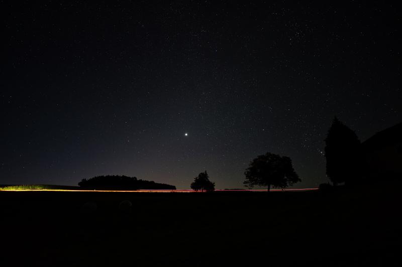 Bryant_rural_Austria_night_headlights